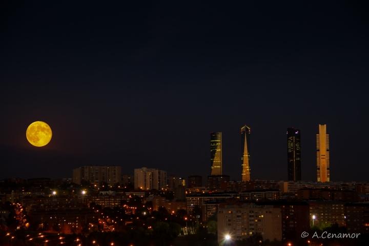 Full moon in the CTBA