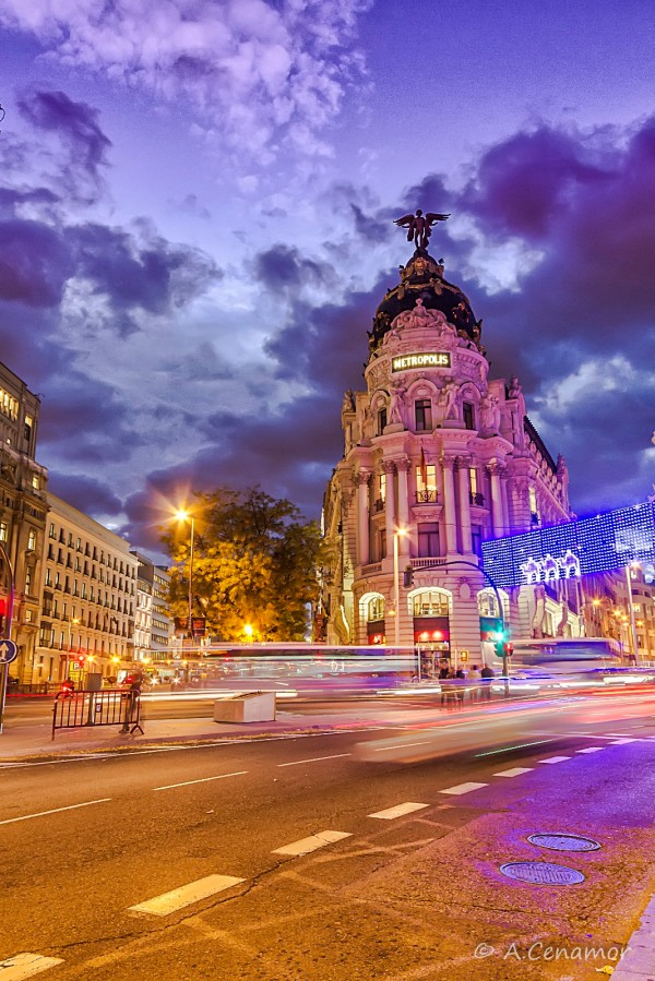 Metropolis Building Madrid