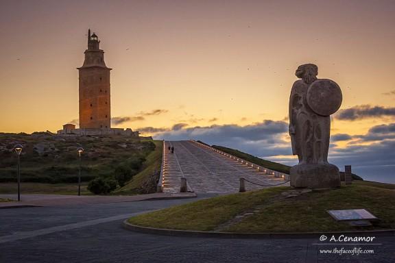 King Breogán guarding the Hercules Tower