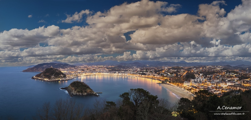Donosti in blue hour